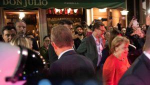 G20-Gipfel in Argentinien: Angela Merkel wird in Buenos Aires umjubelt