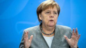 Kanzlerin Angela Merkel nimmt an Trauerfeier für George H.W.  Bush teil