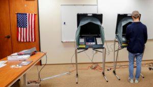 Experte warnt vor massivem Betrug bei US-Wahl 2020 – Wahlautomaten angreifbar