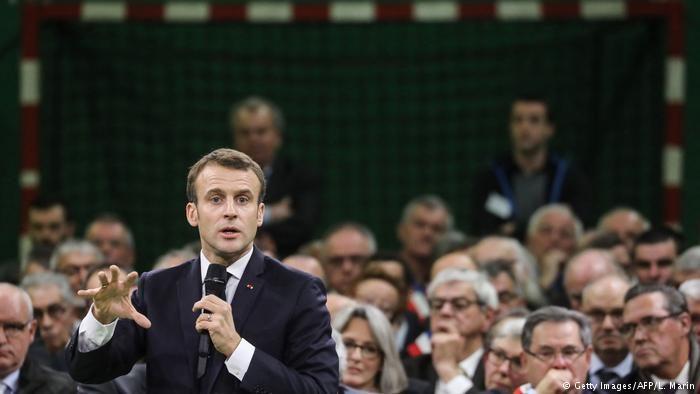 Macron sieht Mittelschicht in der Krise