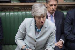 Brexit: Parlament erzwingt Abstimmung – Neue Schlappe für Theresa May