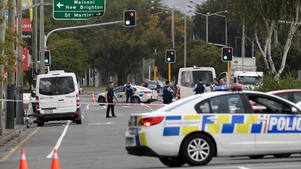 """49 Tote bei Anschlag auf Moscheen in Neuseeland: """"Einer der dunkelsten Tage"""""""