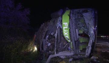 Flixbus-Unfall auf der A9 nahe Leipzig: Suche nach Ursache, 7 Schwerverletzte