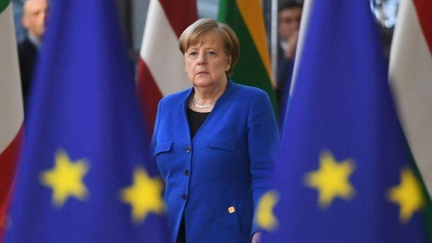Vor Europawahl: Angela Merkel knöpft sich Europas Rechtspopulisten vor