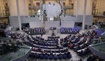 """""""Sonntagstrend"""": Höhenflug der Grünen hält an – Mehrheit für Grün-Rot-Rot"""