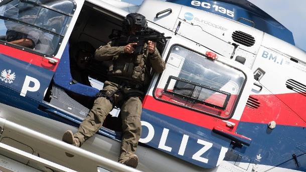 Vorfall in Österreich: Politiker schießt um sich – Hass auf Ex-Kanzler Kurz?