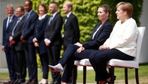 Angela Merkel: Das Zittern befeuert Debatte um frühes Ende ihrer Amtszeit